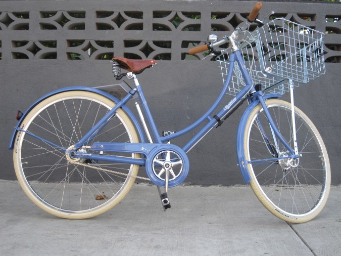Blue dutch bike. Photo by Flickr.com user ubrayj02. Licensed for commercial use under a Creative Commons license.