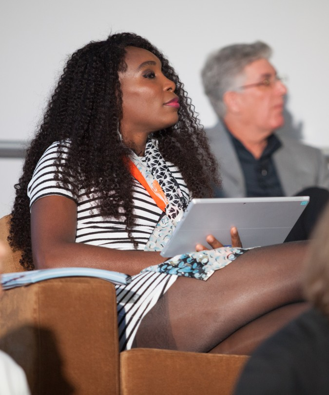 Venus-Williams-a-judge-for-2014-Intel-Make-it-Wearable-competition-November-2-2014